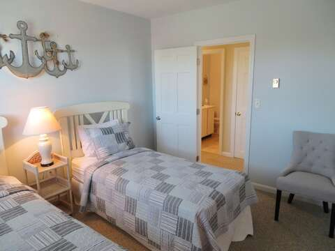2nd bedroom with twins with A/C-just across hall from bathroom - 53 Little Beach Road Chatham Cape Cod New England Vacation Rentals