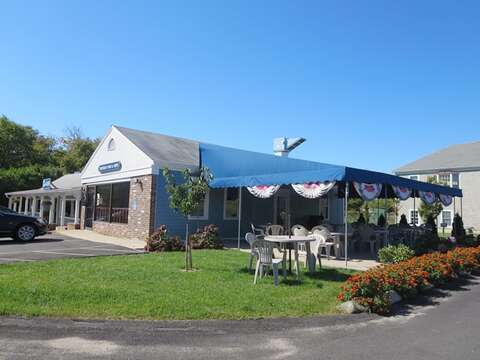 Fish & Chips anyone? Chatham Fish & Chips on Old Harbor Road - Chatham Cape Cod - New England Vacation Rentals
