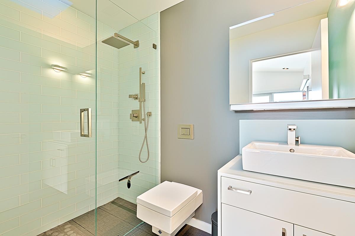 The en-suites feature rain shower heads