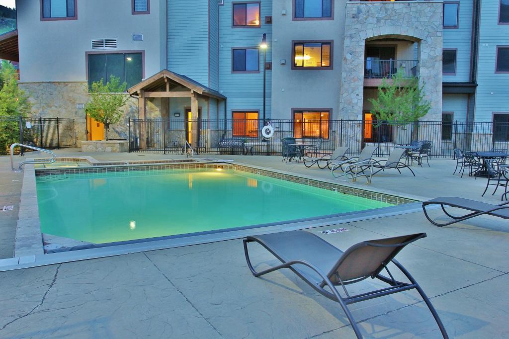 Communal Pool and Hot Tub