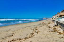 You are just steps from the beautiful beaches at Del Mar.