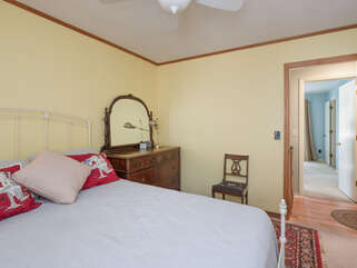 3rd bedroom with full bed