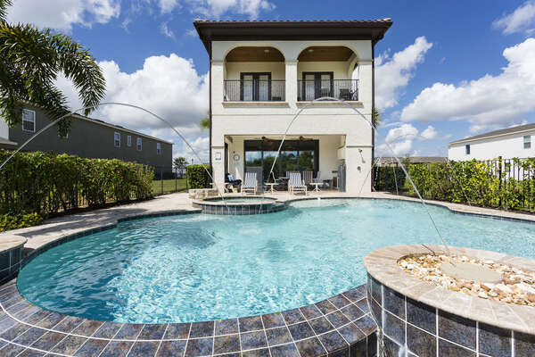 Book this dream luxury Reunion villa for your family`s vacation