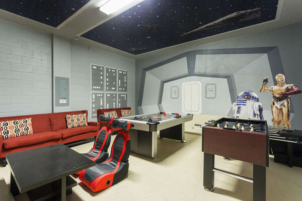 Let the kids hang out all evening in this fantastic Star Wars games room
