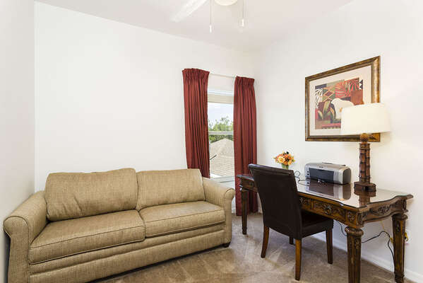 5th Bedroom / Office Den with pull out Queen sofa bed