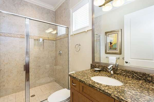 Large step-in shower