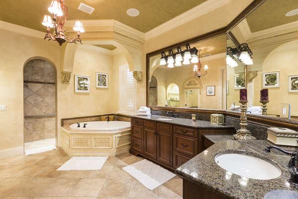 This master also has an enormous luxury en-suite bathroom