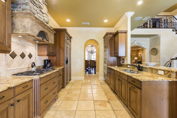 Prepare healthy meals and snacks in the fully equipped kitchen