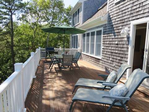 The expansive deck offer plenty of seating including 2 lounge chairs - 151 Sky Way Chatham Cape Cod New England Vacation Rentals