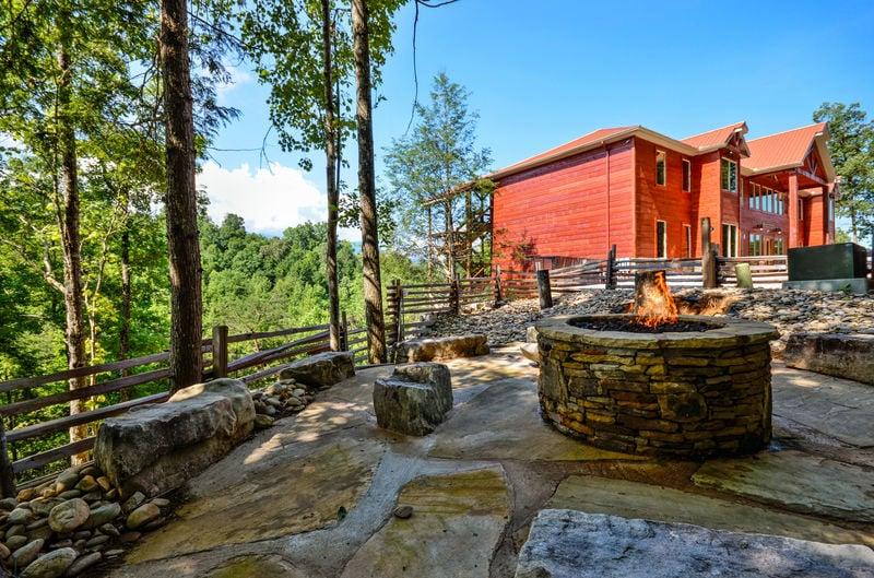 Beautiful Backyard of Luxury Cabin Rental in Gatlinburg TN.