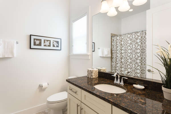 En-Suite with granite counter tops and tub/shower combination