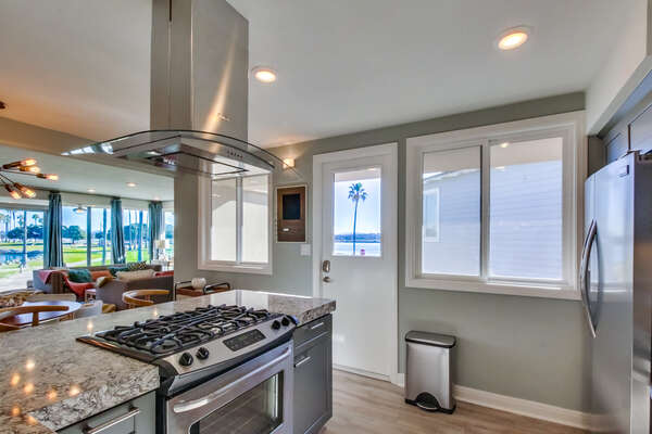 Kitchen Features a Gas Stovetop