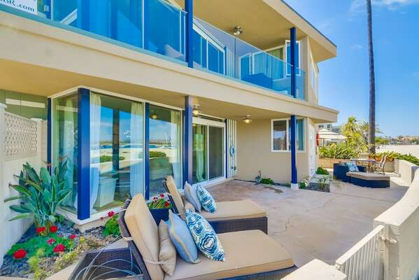 Outdoor Deck with Lounge Seating at our San Diego Condo for Rent