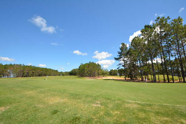 On-site facilities: practice green