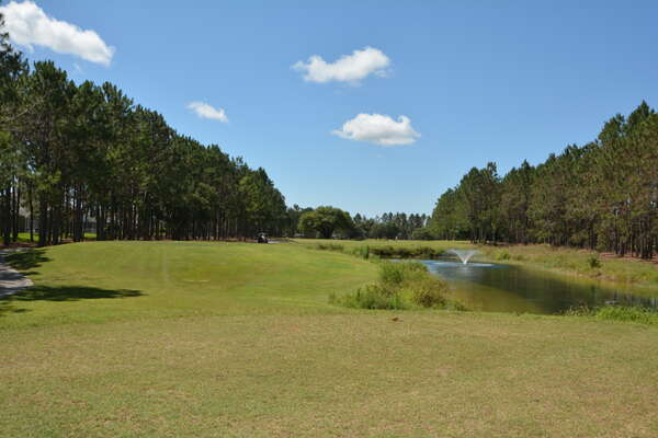 On-site facilities: golf course