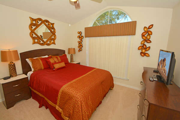 Bedroom 3 with queen bed and flatscreen TV