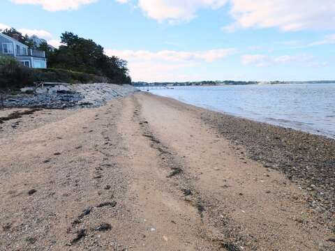 Walk the beach... directly in front of the home.Easy access at end of driveway - 299 Cranberry Lane North Chatham Cape Cod New England Vacation Rentals