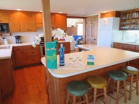 4 stools at breakfast bar - 299 Cranberry Lane North Chatham Cape Cod New England Vacation Rentals