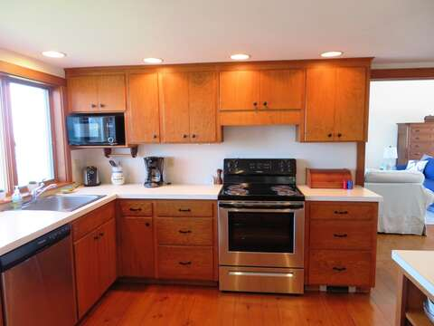 Fully equipped kitchen with new Oven, dishwasher and frig! - 299 Cranberry Lane North Chatham Cape Cod New England Vacation Rentals
