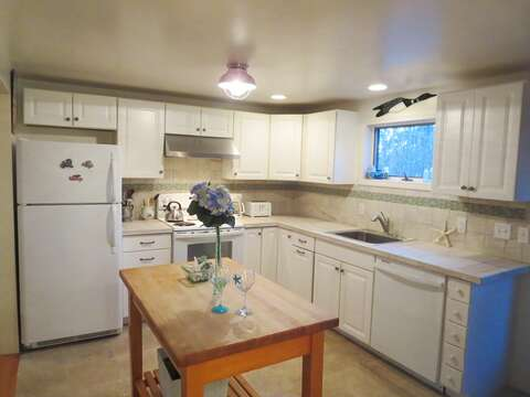 Fully equipped kitchen with dishwasher - 156 Beach Plum Lane Brewster Cape Cod New England Vacation Rentals
