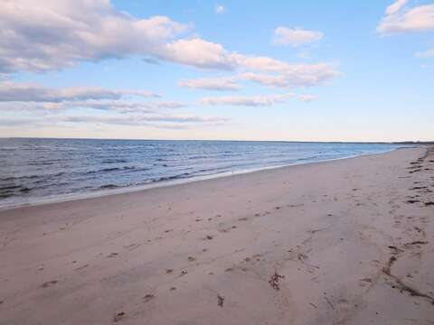 Sandy and warmer water on the bay - just a short drive to Crosby Beach in Brewster. - Brewster Cape Cod New England Vacation Rentals