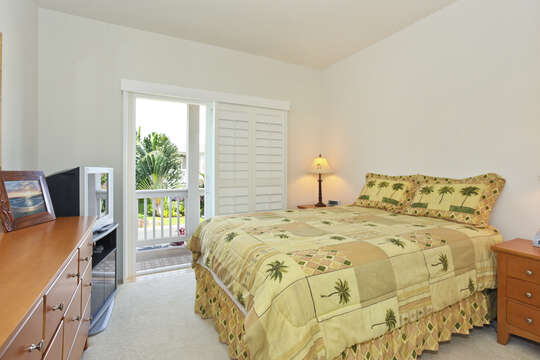 Second Bedroom with Queen Bed and Private Lanai.