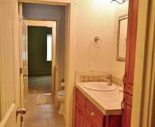 Jack and Jill Bathroom (direct access from bunk room or from the hall)