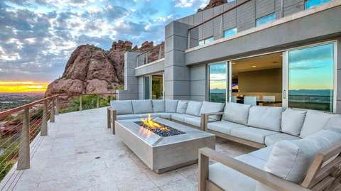 Just added a fire pit and outdoor seating.. views views views!