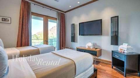 Bedroom 3 (2 Twin beds)