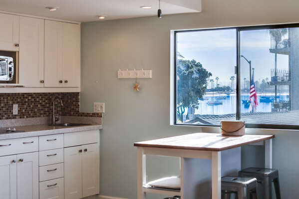 Kitchen with 2 Burner Range Top