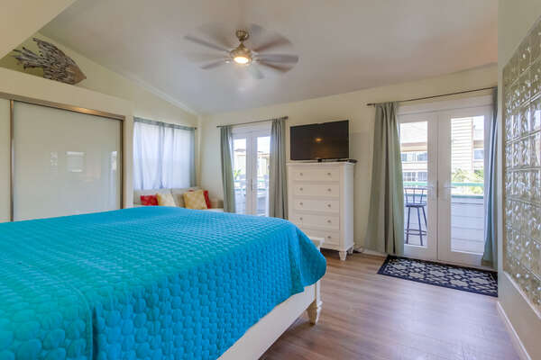 Master Bedroom on King Bed of this Second Floor san diego vacation home rental