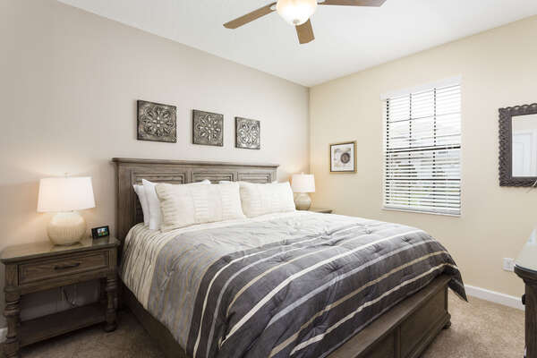 Yet another upstairs king bedroom