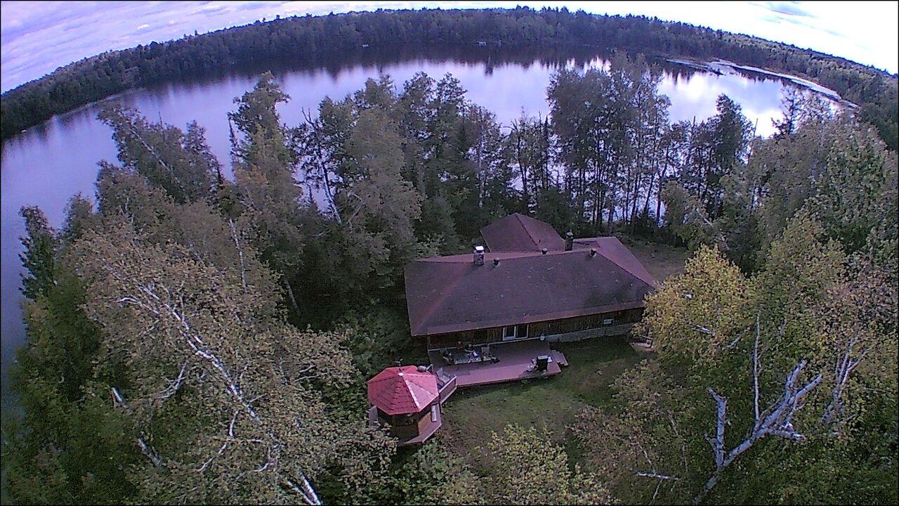 Horseshoe Lake Cottage