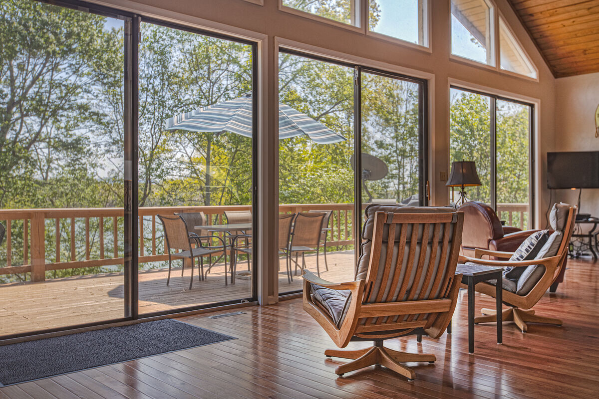 Sitting Area by the Windows