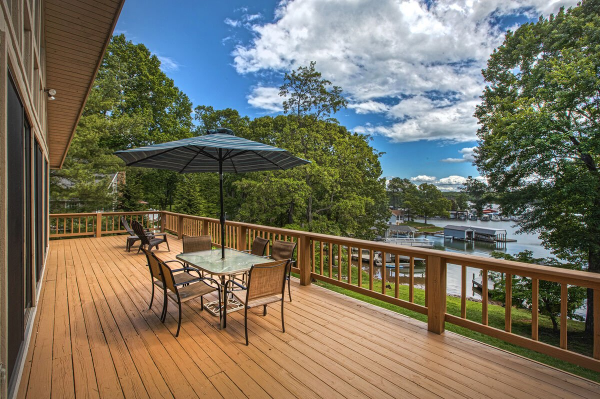 Wood Deck with Table