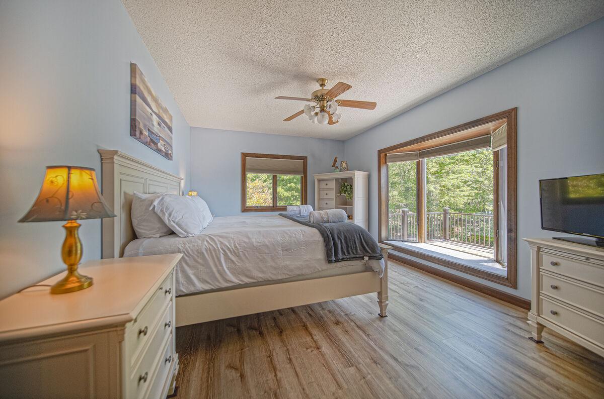 Master Bedroom Overlooks the Lake.