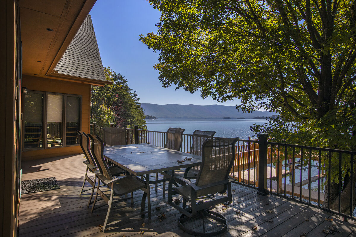 Dine on the Deck Overlooking the Lake and Mountain