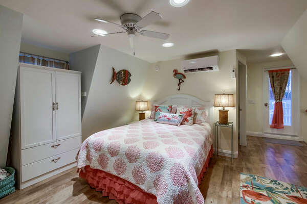 Guest Room, Queen + Twin Daybed with Twin Trundle - Third Floor