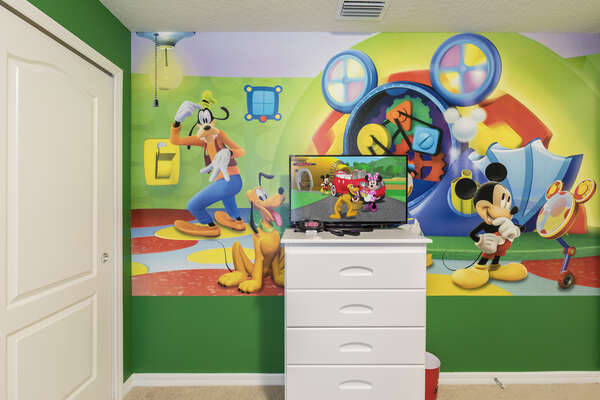 Themed decorations they will adore