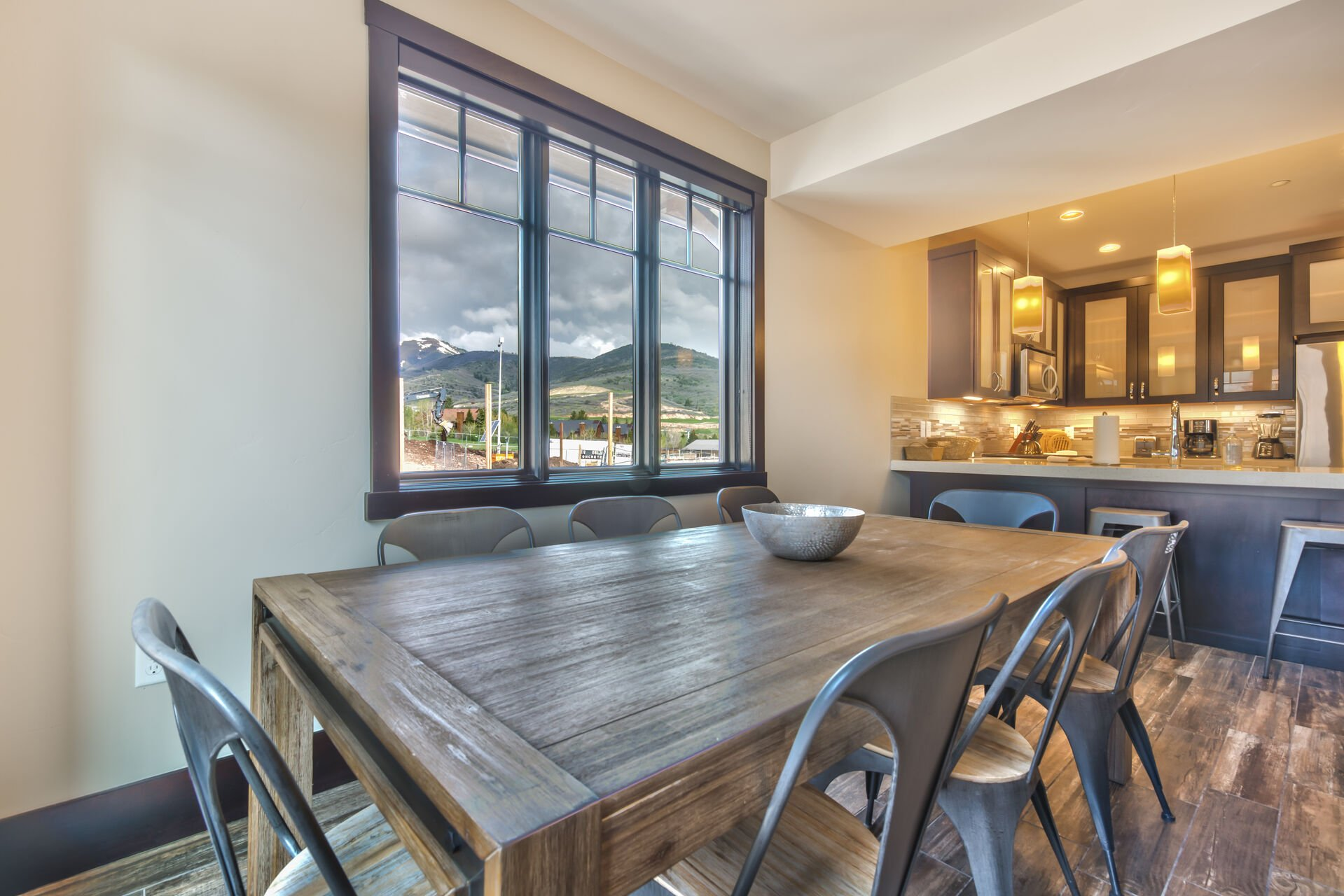 Dining Area Seating for 8
