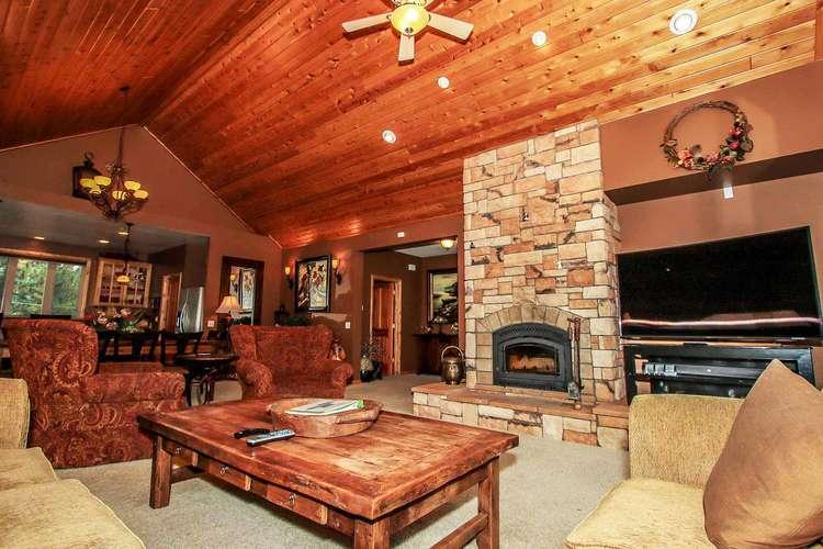 Elegant Living Room Area