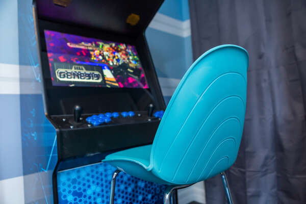 Relive some old school classic arcade games