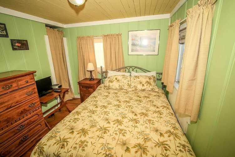 Bedroom Dresser Space