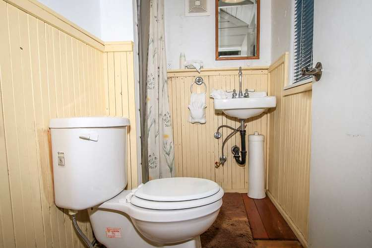 3/4 Bathroom (Shower Only)