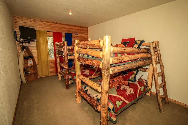 Bedroom 3- Two Twin Bunk Sets