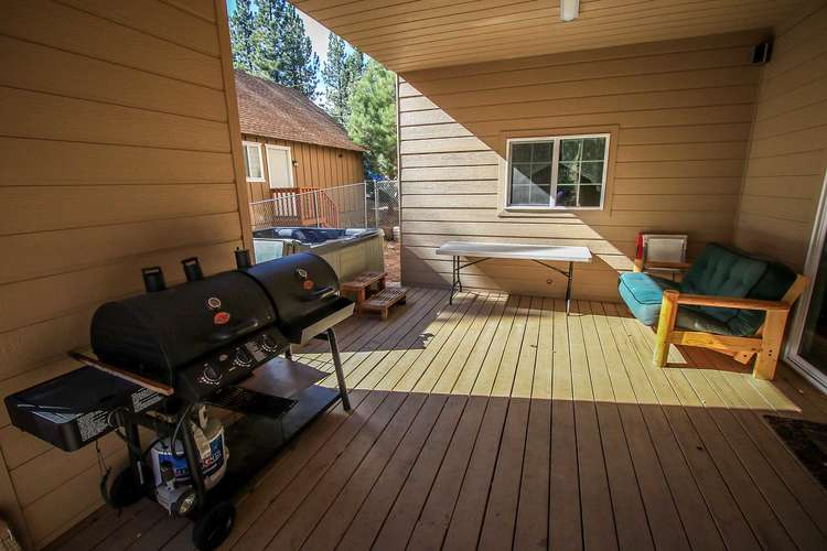BBQ & Deck Area