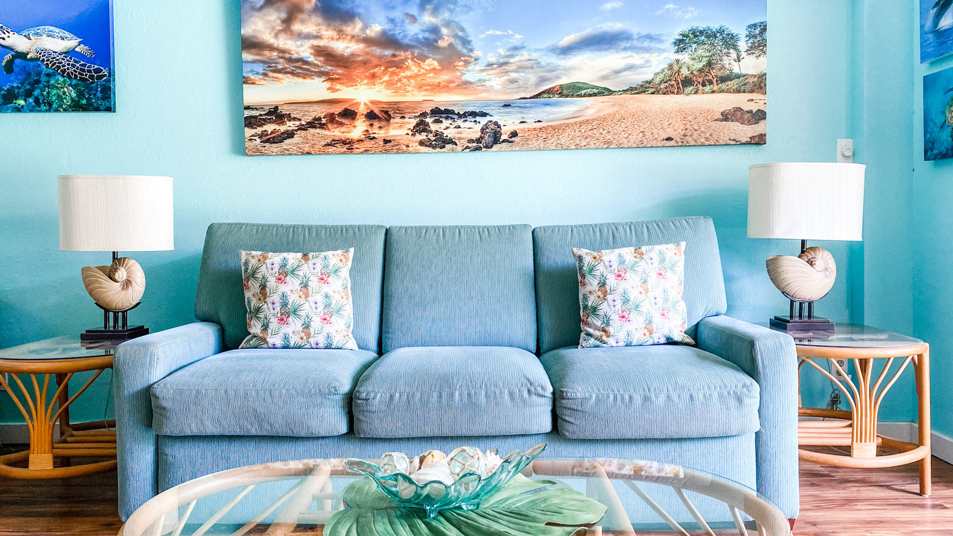 C108 a Visual Sea Breeze Living Area