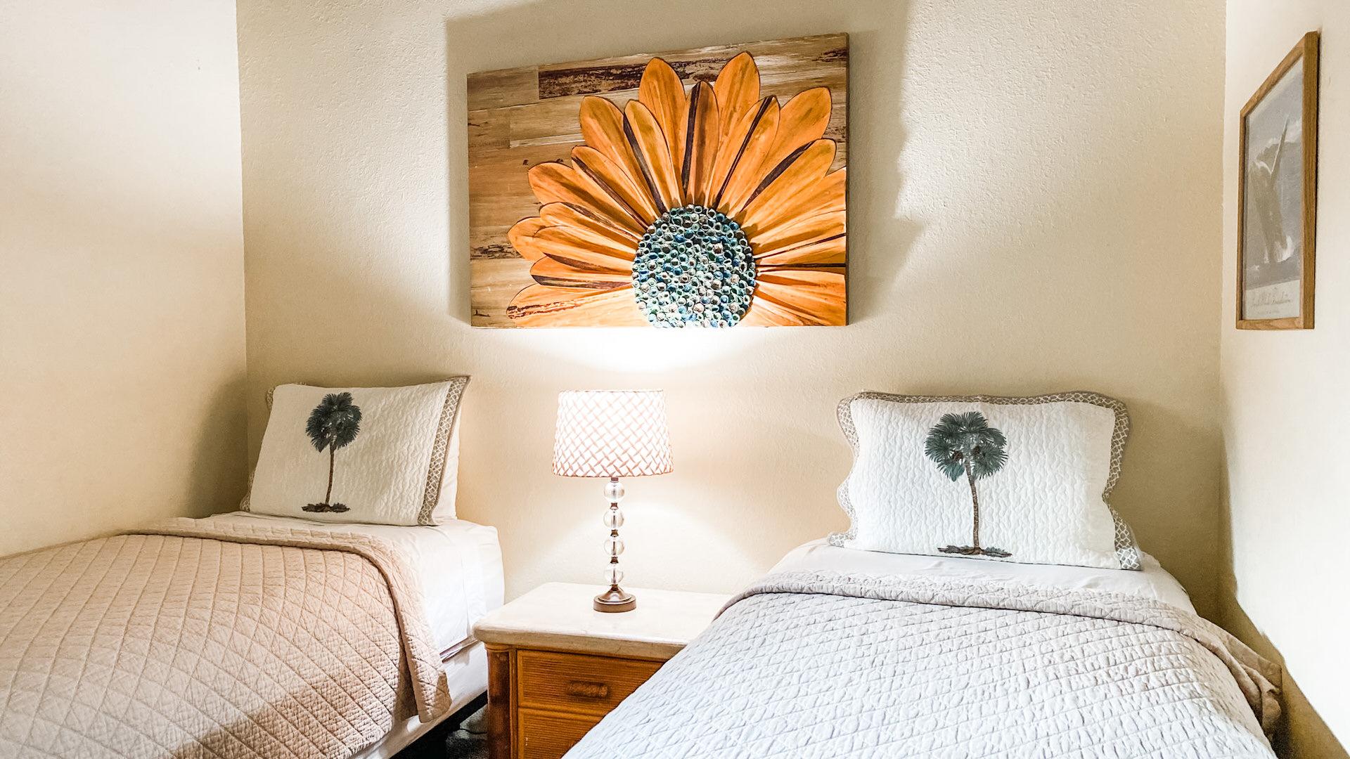 D303 Guest Bedroom