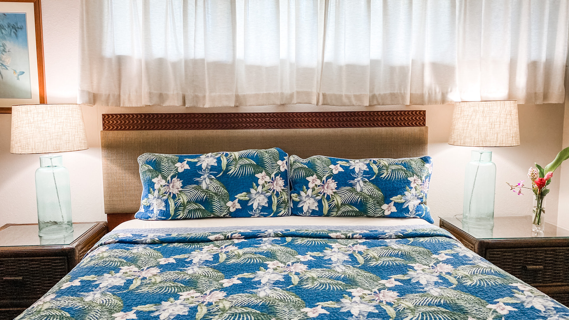 B105 King Size Bed