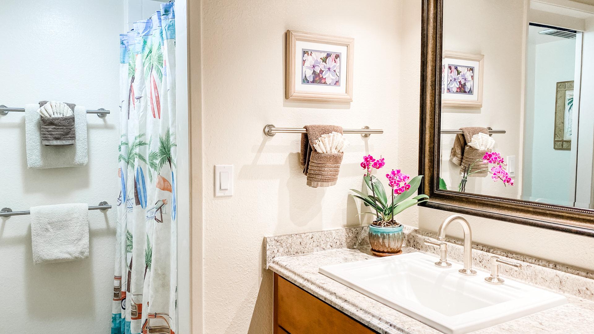 B311 Bathroom and Vanity